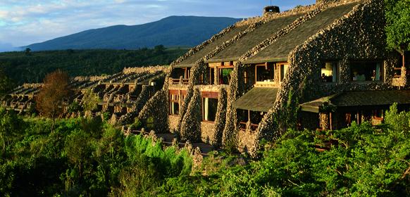 Ngorongoro serena lodge utsidan